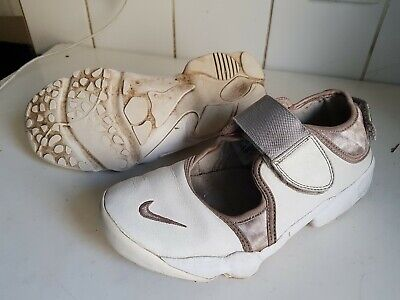 Nike Air Rift Size Uk 5.5 Eu 38.5 White Pink Girls Flat Trainers Shoes 311538