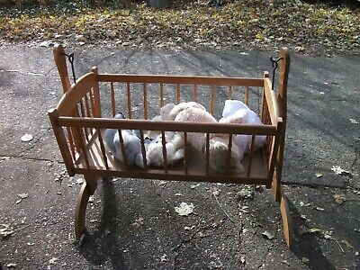 Brown Vintage Wooden Jenny Lind Baby Cradle, Spindle Bassinet, Swinging Bassinet