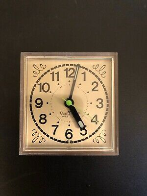 Vintage WESTCLOX Quartzmatic Alarm Clock. Very compact! Made in Japan. TESTED!