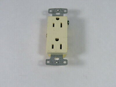 Hubbell RRD15W Decorative Duplex Receptacle 15A 125V 3W 2P  USED