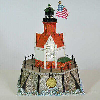 Lefton Historic American Lighthouse Collection Old Racine Reef Wisconsin LE 2000