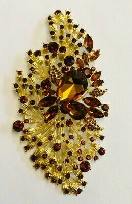 Simply Beautiful Art Deco Very Large Amber Flower Crystals Brooch.