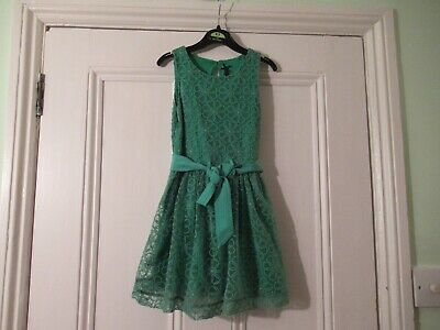 3-4 yrs: Lovely bright green dress: Embroidered flowers: NEXT: Combine postage