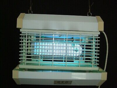 InstaFlash fly/insect controler model E550 new tube fitted plus a spare