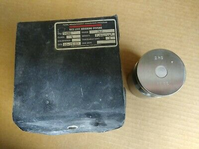 USED Class 4 Calibration Weight (2kg)