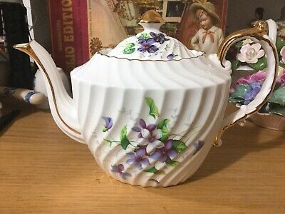 Aynsley Scalloped Teapot-one Cup