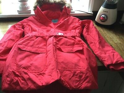 girls mountain w/house red hiking/skiing jacket age 13 vgc