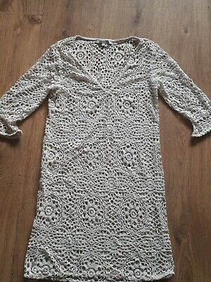 marks and spencer beach dress 6-8 lovely croched design never worn