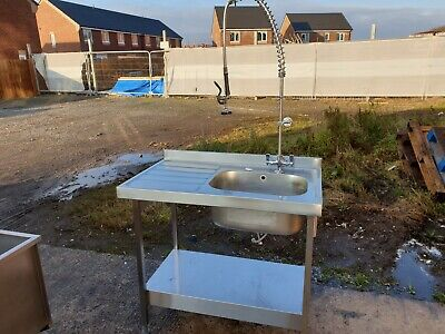 Commercial Stainless Steel Sink & Spray Tap 1000 mm