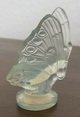 Vintage Sabino French Opalescent Art Glass Butterfly Figurine