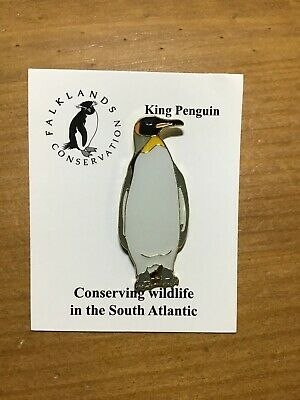 RSPB Pin Badgestriated caricara Falklands Conservation