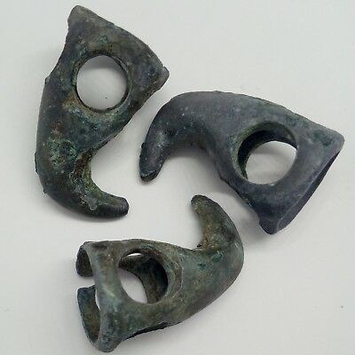 Bronze Harness or bridle fitting / Griffin head 3pc. Scythians 600BC. Rare