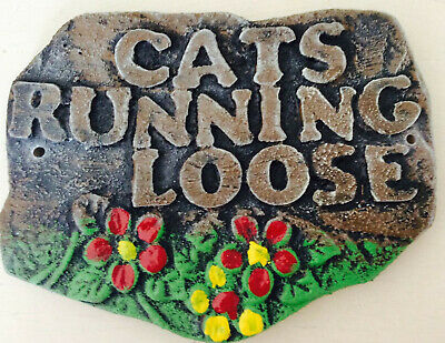 latex mould for making CATS RUNNING LOOSE PLAQUE