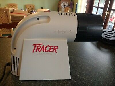 Artograph TRACER Projector working