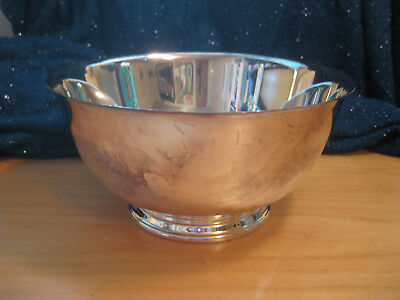 "SILVER BOWL ""PAUL REVERE REPRODUCTION"" by ONEIDA SILVERSMITH (8 INCH)"