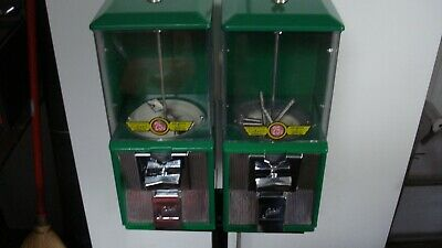Northwestern 25¢ Gumball/Candy Vending Machines With Stand