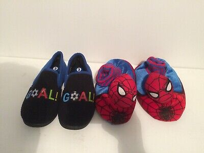 Boys 2 Pairs Of Slippers (UK Size 2) Brand New (Spider-Man And Football)