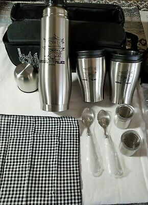Imperial Palace IP Hotel & Casino Thermos-style bottle travel set