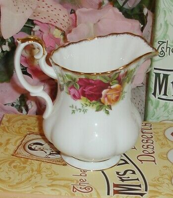 ROYAL ALBERT Old Country Roses Cream / Milk jug -1962 -1st quality-extra/spare