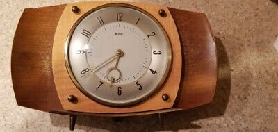 Vintage 1950-60s METAMEC Wooden Mantle Clock