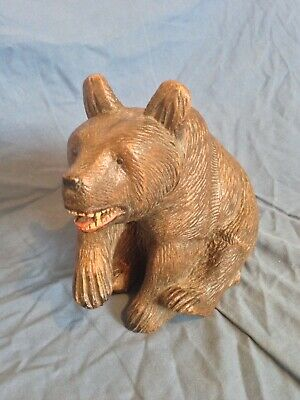 LARGE 1900's ANTIQUE BLACK FOREST SEATED BEAR
