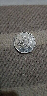 Christopher Ironside 50p coin Fifty pence Coat of Arms 2013 - Circulated