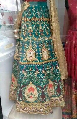 Mendhi Skirt And Top