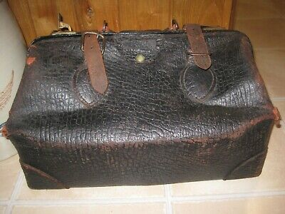 Vintage 1913 Primitive Pebbled Leather DOCTOR BAG