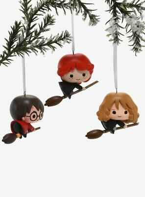 2019 Hallmark Harry Potter Ron Hermione Flying Broomstick Christmas Ornament Set