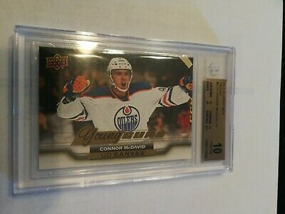 2015-16 Upper Deck Canvas young guns Connor McDavid BGS 10 pristine