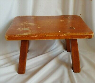 Cushman Colonial Creation Maple Foot Stool #9038 Bennington, VT