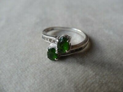 Vintage jewellery Art Deco Sterling Silver Peridot Paste Ring