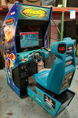 """HYDRO THUNDER Boat Racing Arcade Sit Down Driving Game ---- WORKS GREAT! 22"""" LCD"""