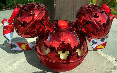 2019 Disney Parks Mickey Mouse Holiday Light Up Sipper