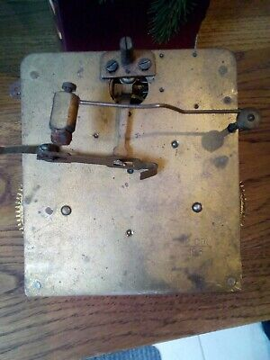 Vintage Unbranded 8 Day Chime Clock Movement ( Spares Or Repair)