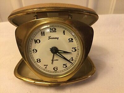 Vintage travel alarm clock  Summy Japan (Needs service-Spares and repairs)