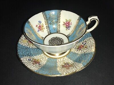 Paragon Bone China Cup & Saucer Gold Chintz Blue White Panels Red Flowers