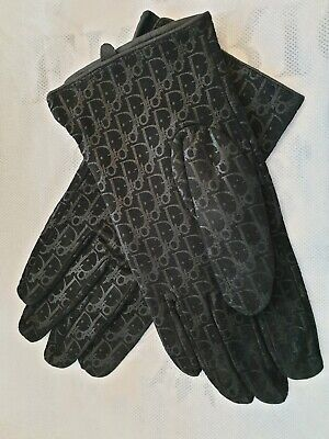 Fashion Ladies Delicate Black Suede Gloves New.
