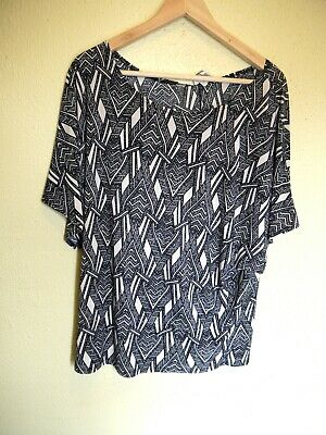 Moa Women's Blouse Black and White Geometric Arrow Plus Size 1x Made in USA