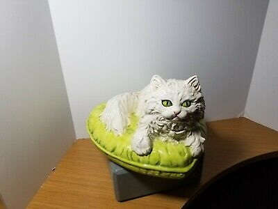 The Townsends Ceramic Cat