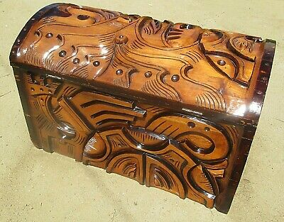 Vintage Wood Hand Carved Large Chest Box Trunk Hope Table Rare Beautiful Nice!