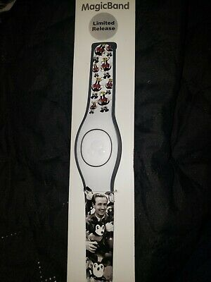 NEW Disney Parks Magic Band LIMITED Vintage Mickey Mouse Walt Disney LINKABLE