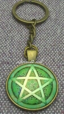 Wicca Pagan Green Celtic Pentagram Glass Dome Bronze Colour Pendant Key Ring