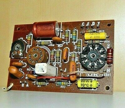 Amplificatore di modulazione Modulation amplifier UK845