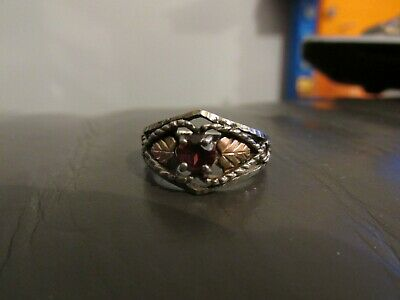 Vintage ANTIQUE Sterling Silver Ring WITH GARNET STONE SIZE P