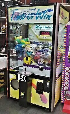 Clean Sweep Claw Crane Prize Machine CS42 Made in USA By Smart Ind. WORKS GREAT!