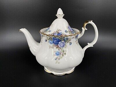 Royal Albert Moonlight Rose Large 6 Cup Teapot Bone China England Mint Condition