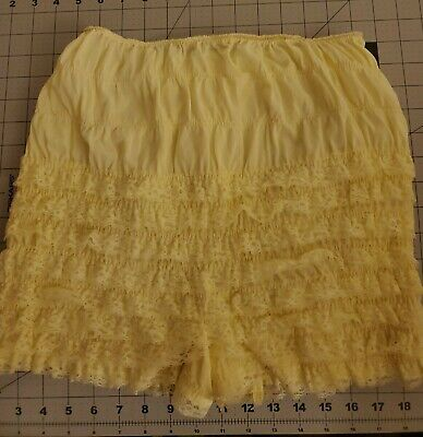 Vintage Tricot Ruffled Lace  Granny Panties,  Nylon High Waisted Briefs