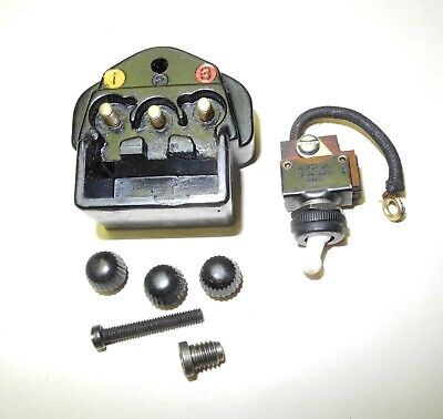 Vintage Singer Sewing Machine #201 Male 3 Pin Terminal Block And Light Switch