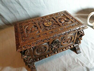 Antique 18th Century German Black Forest Small Heraldic Baroque Carved Box Caske